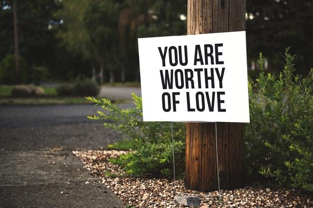 meriti iubire